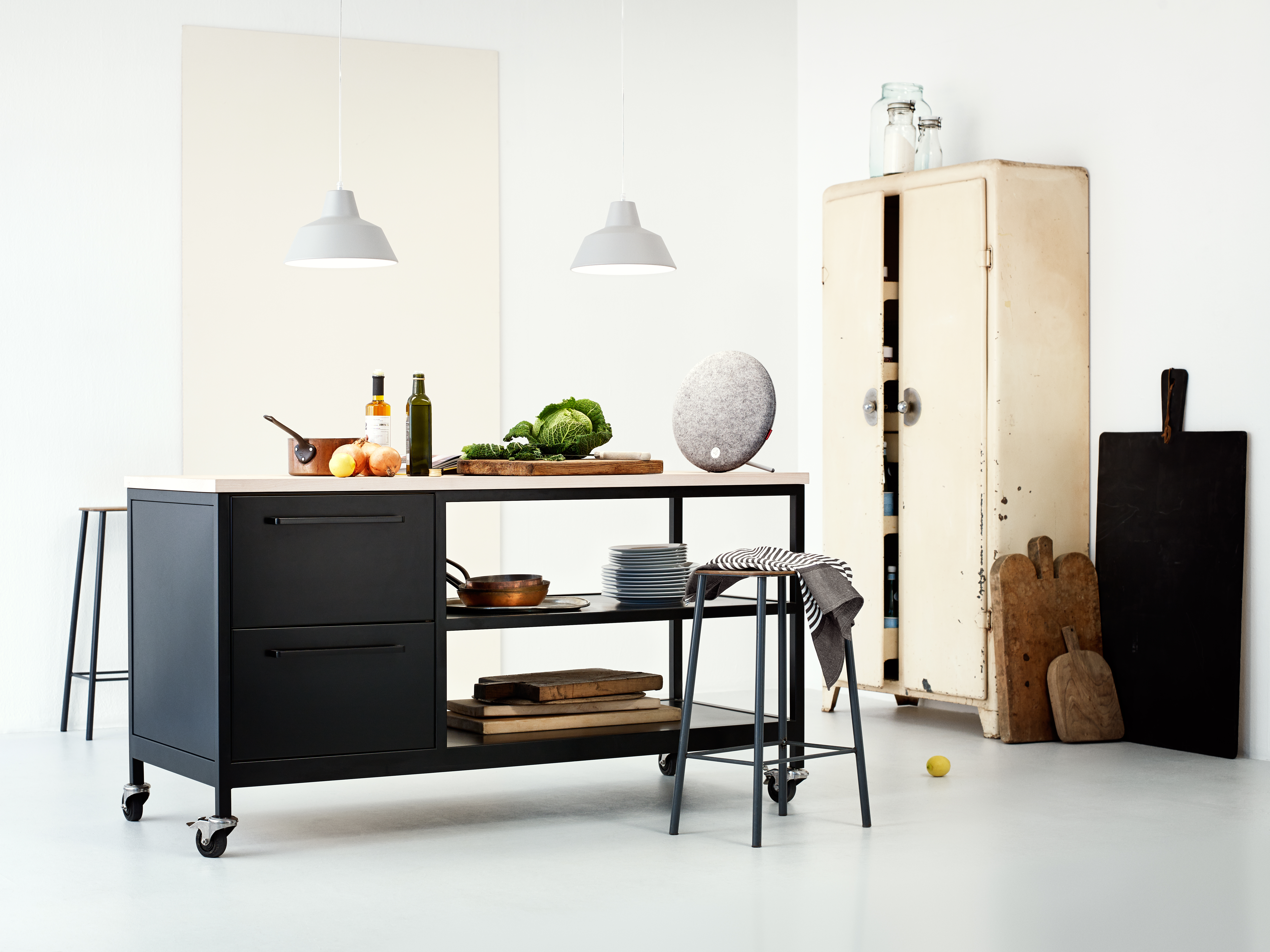Libratone-Loop-kitchen